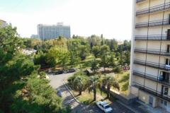 Вокруг - парковая зона Кургородка
