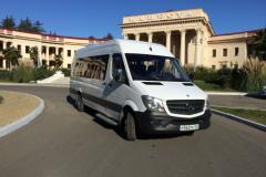 Микроавтобус марки Мерседес на 20 мест